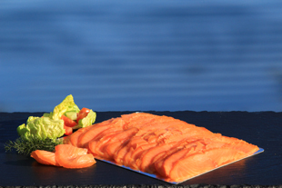 400 gram pack of hand sliced traditional cold smoked salmon