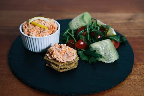 Smoked fish pâté